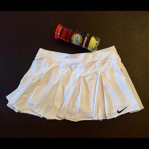 🎾 Nike Dri-fit Tennis Skirt